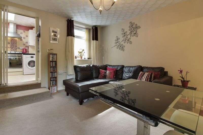 1 Bedroom Terraced House for sale in North Road, Cross Keys