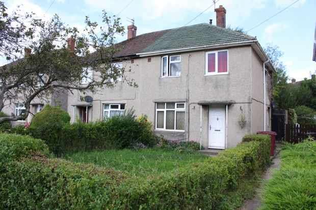 3 Bedrooms Semi Detached House for sale in Sycamore Avenue, Burnley, Lancashire, BB12 6BB