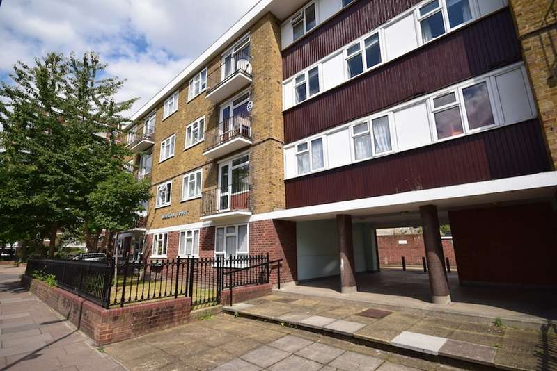 1 Bedroom Flat for sale in Battersea High Street, London, London, SW11