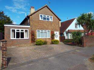 5 Bedrooms Detached House for sale in Chichester Road, Bognor Regis