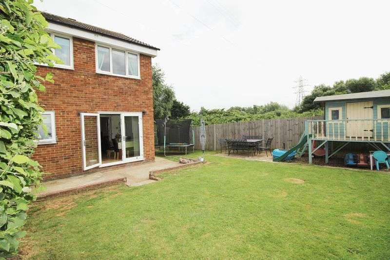 3 Bedrooms Terraced House for sale in Simpson Road, Snodland