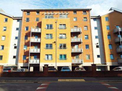 2 Bedrooms Flat for sale in 23 Naples Street, Manchester, Greater Manchester