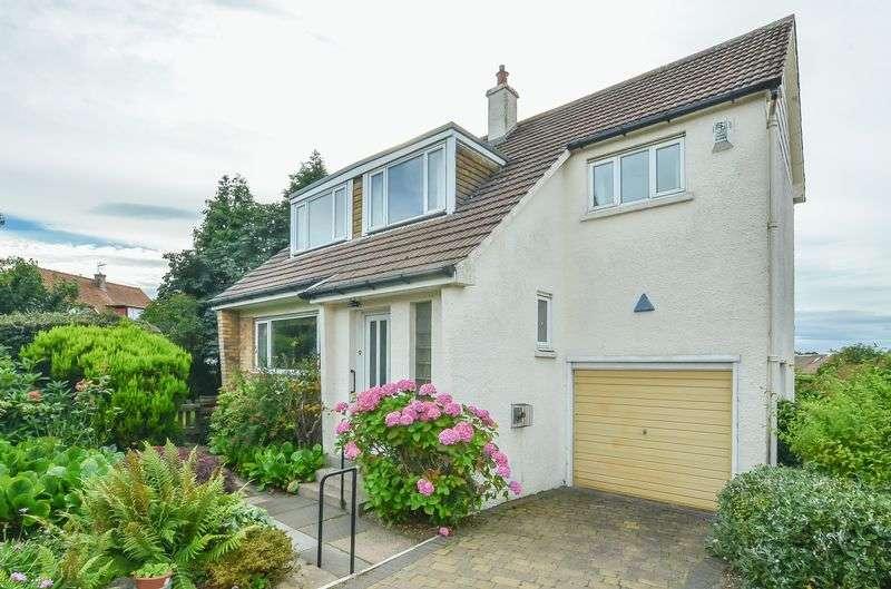 3 Bedrooms Detached House for sale in 9 Caiystane Drive, Fairmilehead, Edinburgh, EH10 6SS