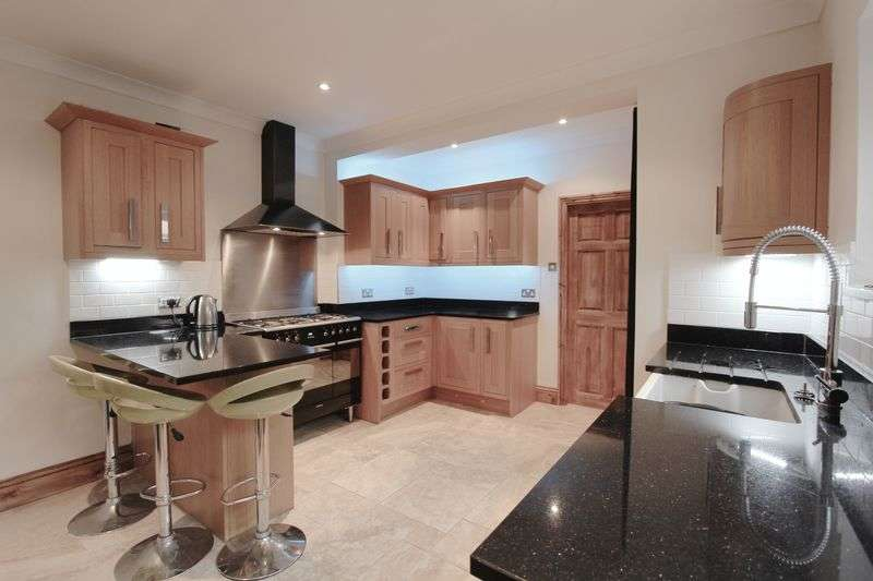 2 Bedrooms Semi Detached House for sale in Norwood Dale, Beverley