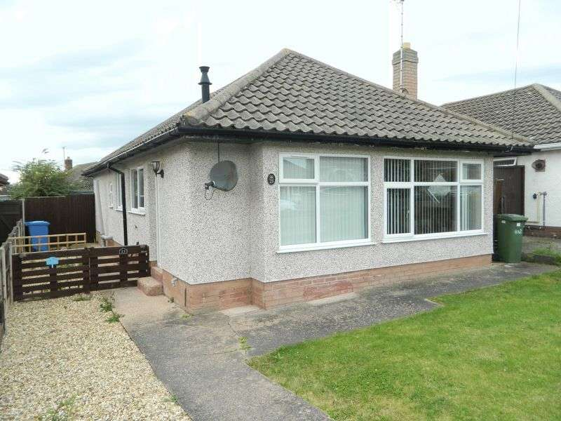 3 Bedrooms Detached Bungalow for sale in Viola Avenue, Rhyl