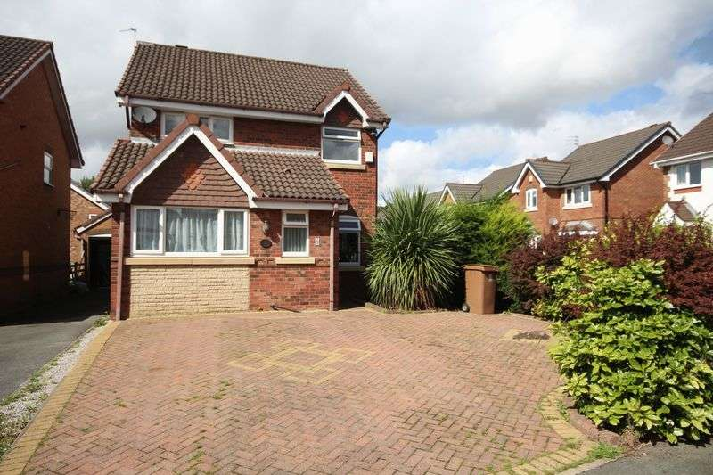 4 Bedrooms Detached House for sale in WICKENTREE HOLT, Norden, Rochdale OL12 7PQ