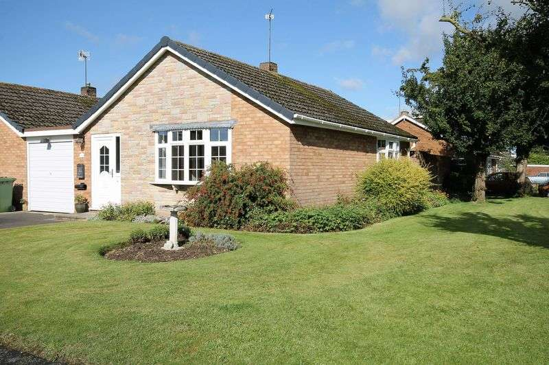 1 Bedroom Detached Bungalow for sale in Oak Drive, Wheaton Aston, Stafford