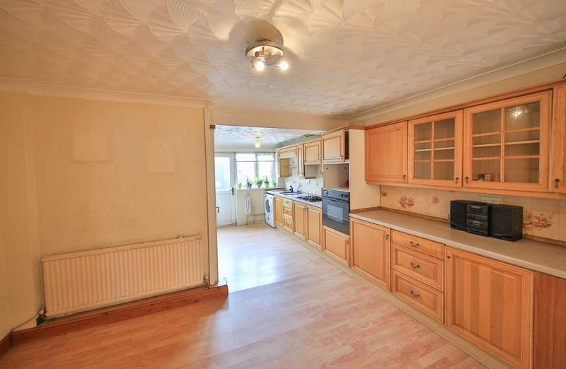 2 Bedrooms Terraced House for sale in Foundry road, Hopkinstown, Glamorgan, CF37