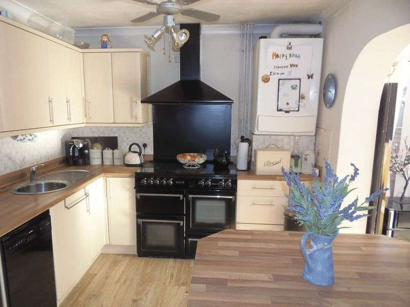 3 Bedrooms Detached Bungalow for sale in Highbank Park, Gloucester