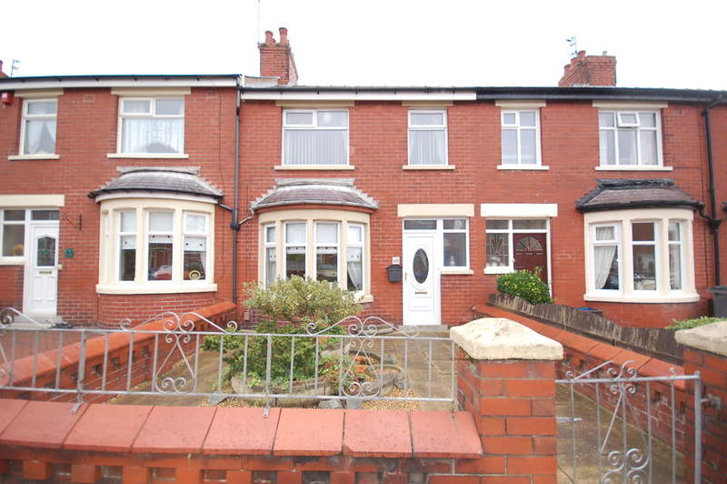 3 Bedrooms Terraced House for sale in Greenwood Avenue, Blackpool