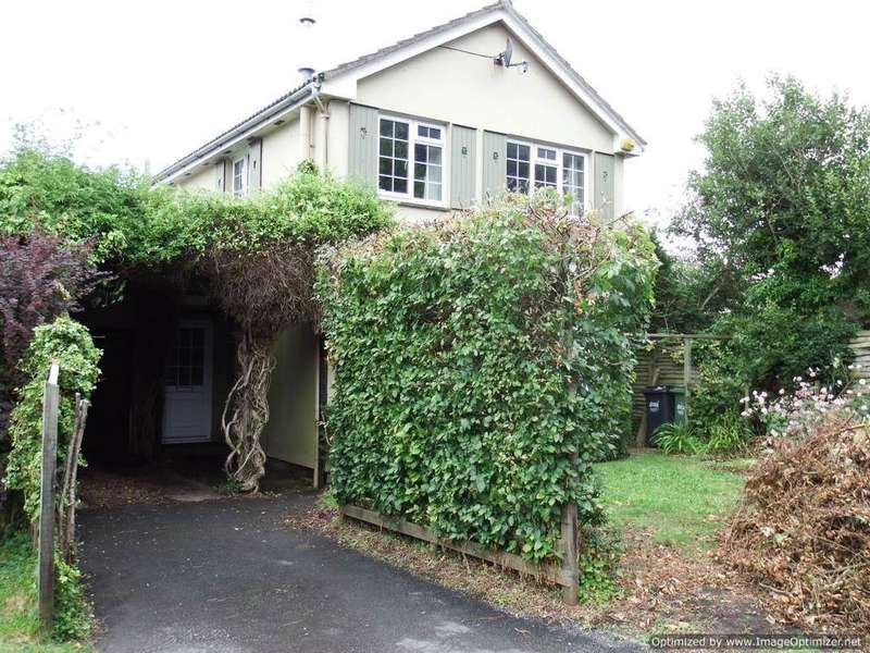 3 Bedrooms Detached House for sale in Landkey, Barnstaple
