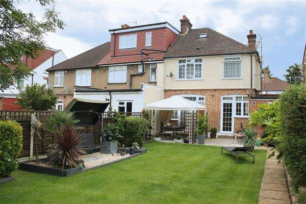 3 Bedrooms End Of Terrace House for sale in Lorne Road, Harrow