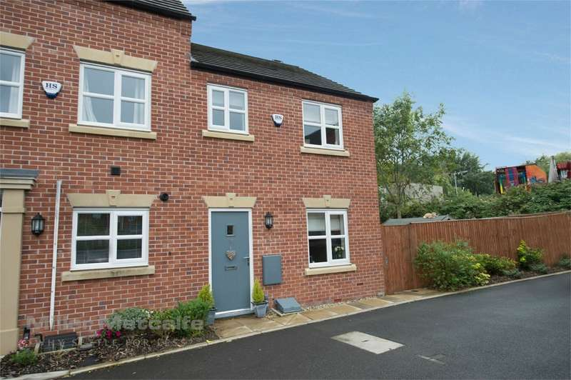 3 Bedrooms Semi Detached House for sale in Hutchinson Close, Radcliffe, Manchester, Lancashire