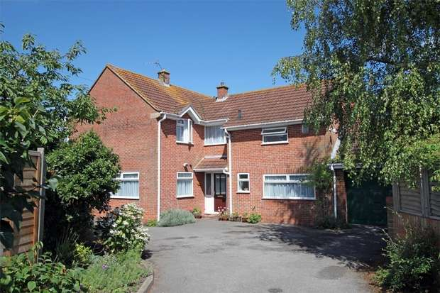 4 Bedrooms Detached House for sale in 8a The Rank, North Bradley, Wiltshire