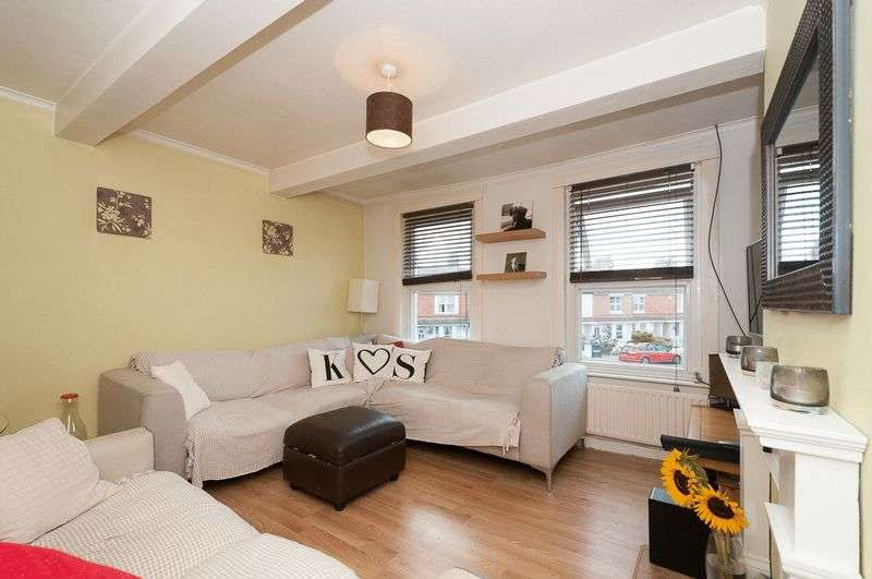 2 Bedrooms Flat for sale in Rugby Road, Worthing