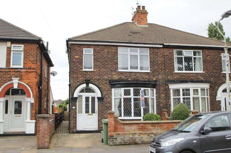3 Bedrooms Semi Detached House for sale in REYNOLDS STREET, CLEETHORPES
