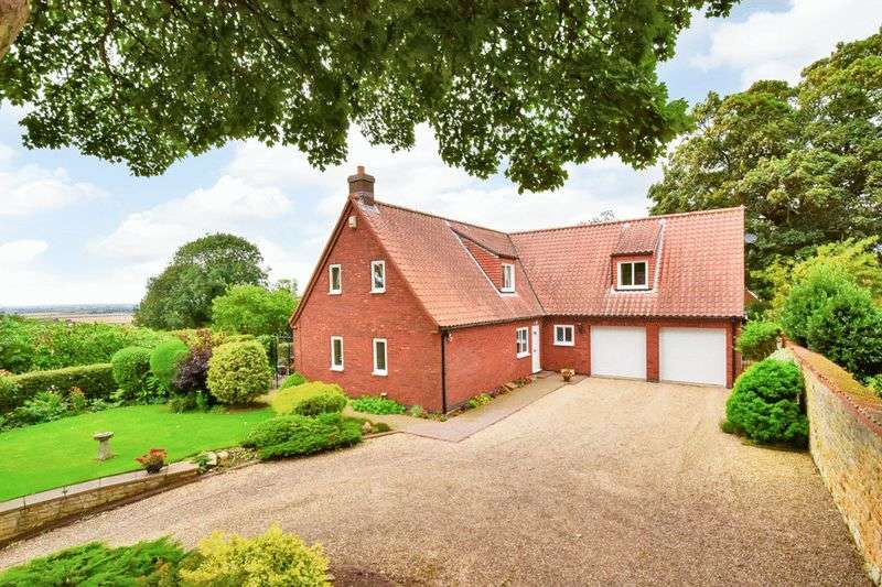 4 Bedrooms Detached House for sale in Navenby LN5