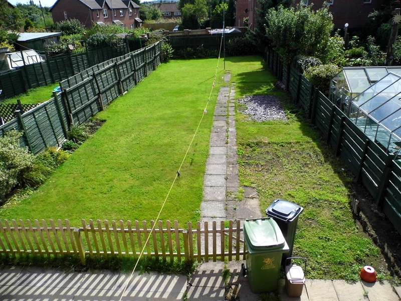 3 Bedrooms Semi Detached House for sale in Cefn Road, Cardiff