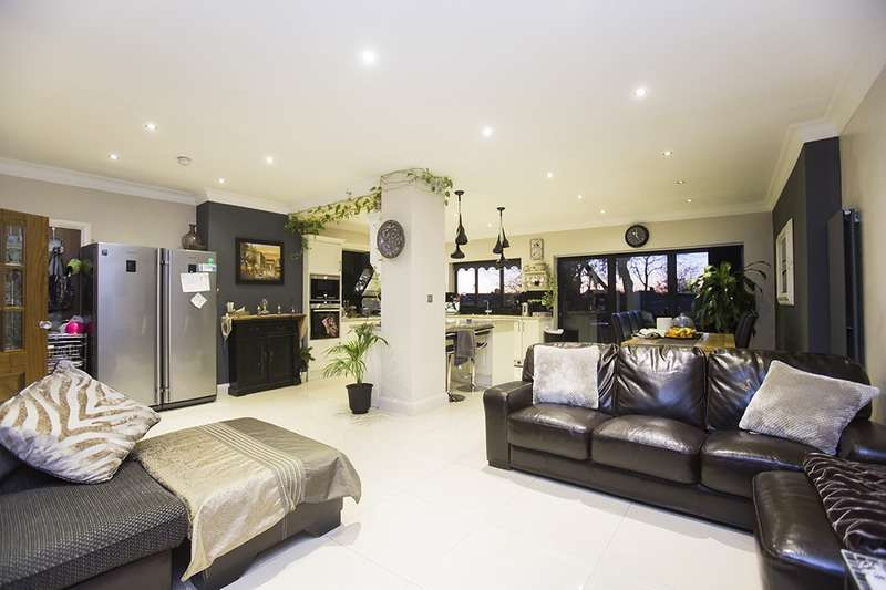 6 Bedrooms Semi Detached House for sale in townsend avenue, southgate, London, N14