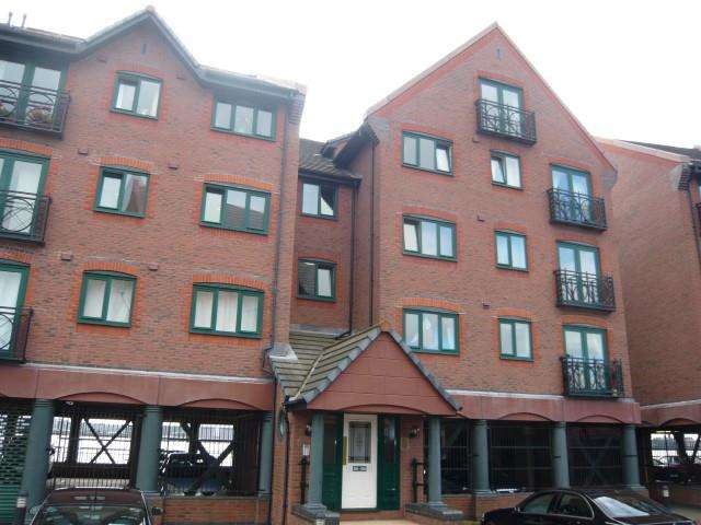 2 Bedrooms Apartment Flat for sale in South Ferry Quay, Liverpool, Merseyside, L3