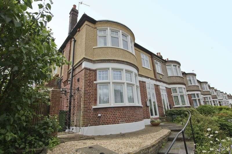 4 Bedrooms Semi Detached House for sale in Sherard Road, Eltham SE9