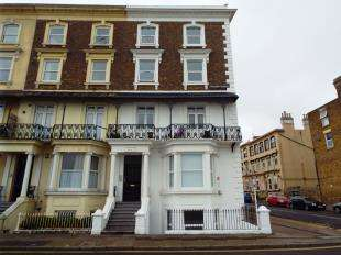 3 Bedrooms Flat for sale in Ethelbert Crescent, Margate, Kent