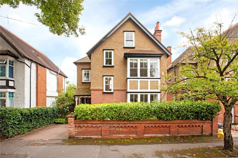 4 Bedrooms Detached House for sale in Laburnham Road, Maidenhead, Berkshire, SL6