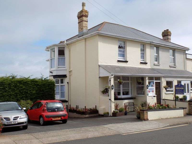 5 Bedrooms Property for sale in Cleveland Road, Paignton