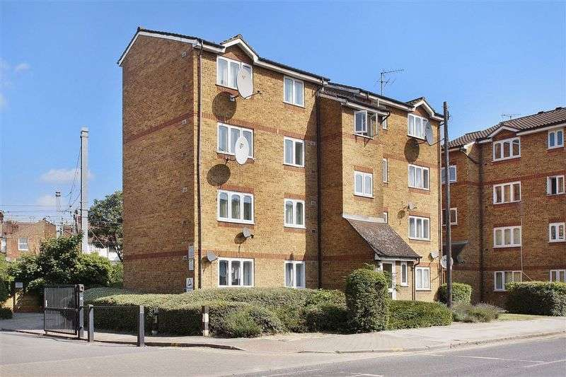 1 Bedroom Property for sale in Harrow Road, College Park London NW10