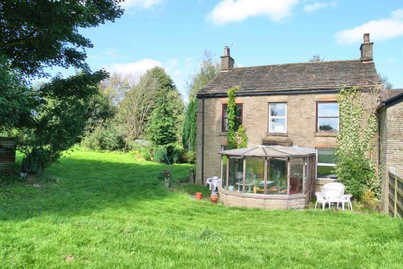 3 Bedrooms Farm House Character Property for sale in Clarke Lane, Macclesfield