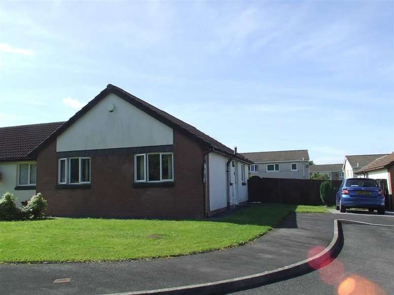 2 Bedrooms Property for sale in Lliw Valley Close, Gowerton