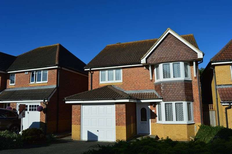 3 Bedrooms Detached House for sale in Redwood Close, Newport