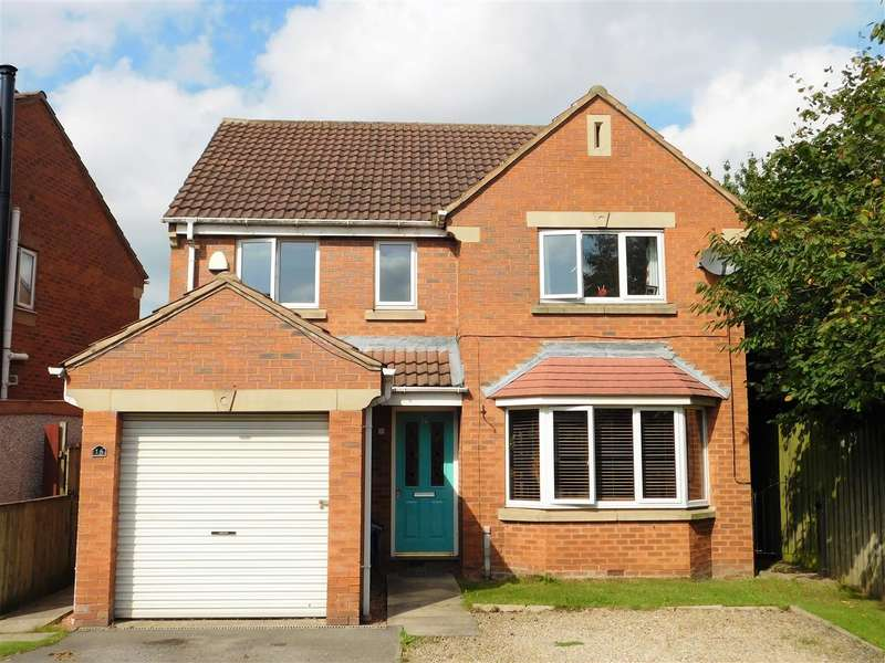 4 Bedrooms Detached House for sale in Tingley Crescent, Tingley