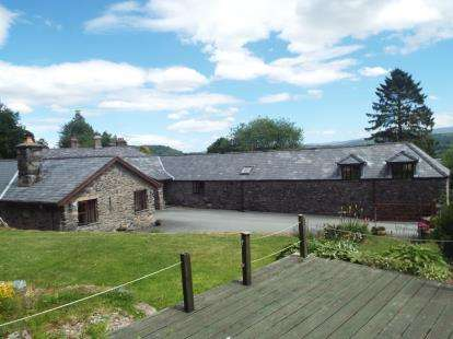 6 Bedrooms Barn Conversion Character Property for sale in Bala, Gwynedd, LL23