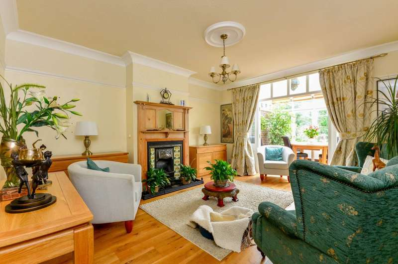 3 Bedrooms House for sale in Reddons Road, Beckenham, BR3