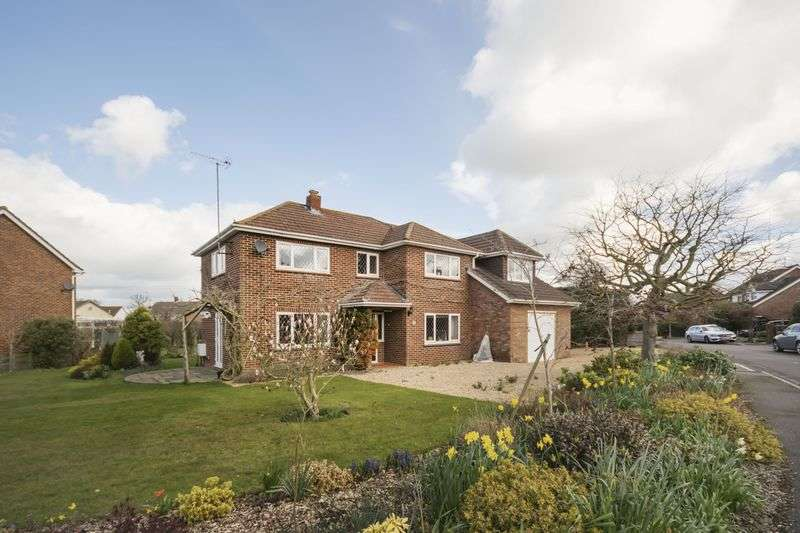 4 Bedrooms Detached House for sale in Sherfield-on-Loddon