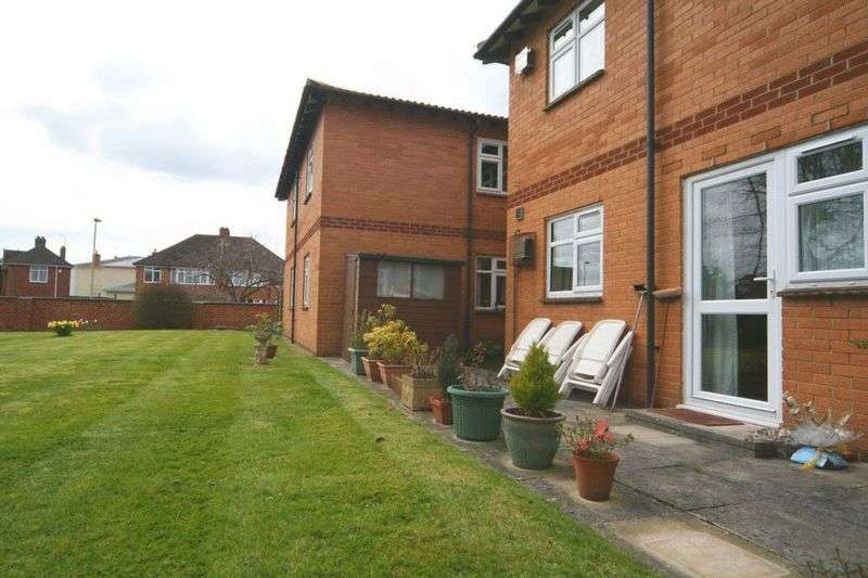 2 Bedrooms Retirement Property for sale in Welland Lodge Road, Cheltenham