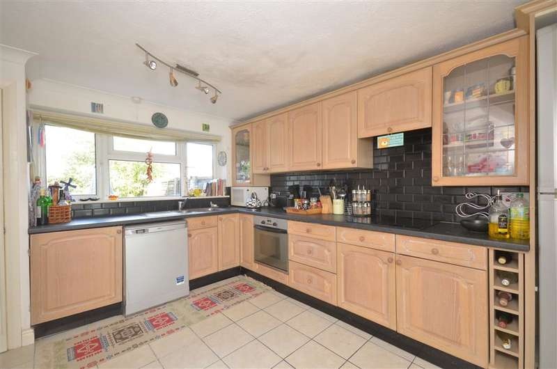 3 Bedrooms Terraced House for sale in Ash Road, Southwater, Horsham, West Sussex