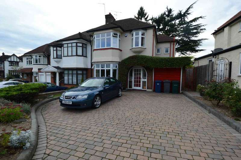 4 Bedrooms Semi Detached House for sale in Manor Drive, London