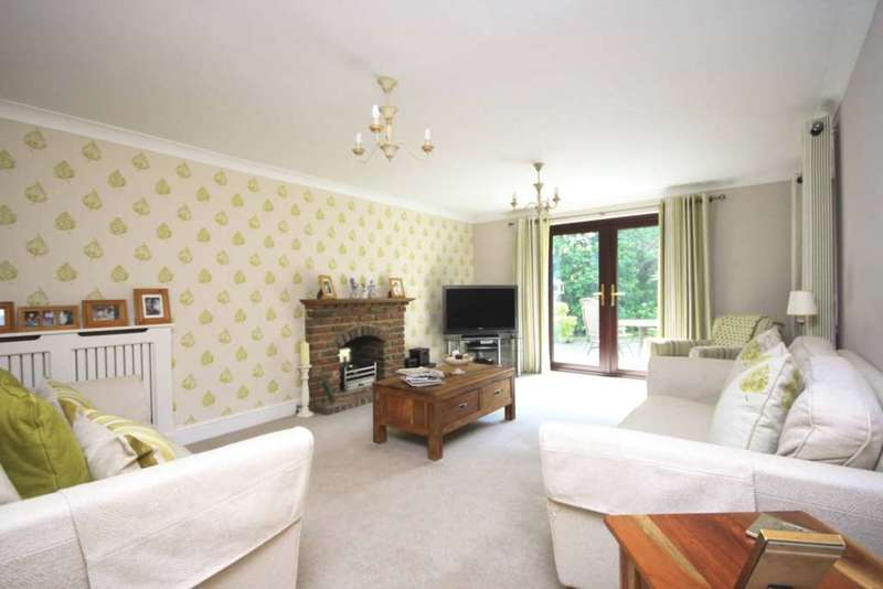 4 Bedrooms Detached House for sale in Noak Bridge