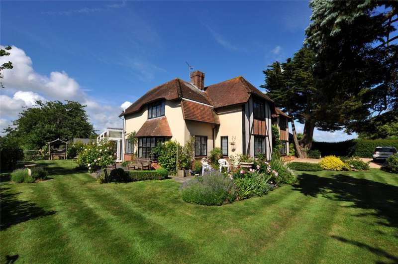 5 Bedrooms Detached House for sale in Chequer Lane, Bosham, Chichester, West Sussex, PO18