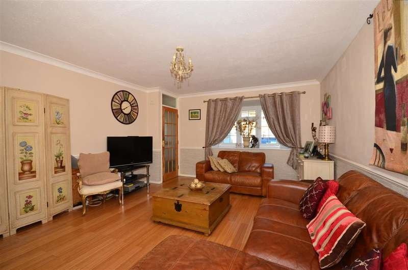 3 Bedrooms End Of Terrace House for sale in Darley Close, Shirley, Surrey
