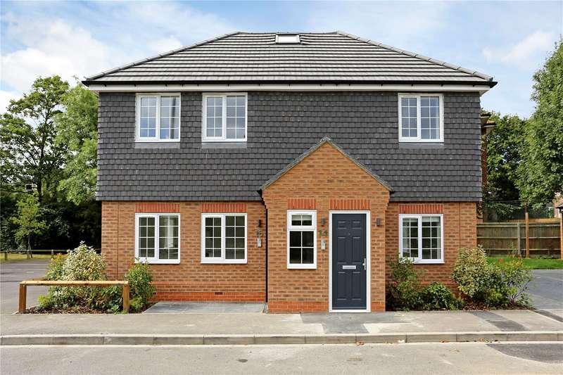 1 Bedroom Flat for sale in Boddington Gardens, Acton, W3