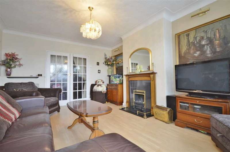 3 Bedrooms Apartment Flat for sale in Beaufort Park, London