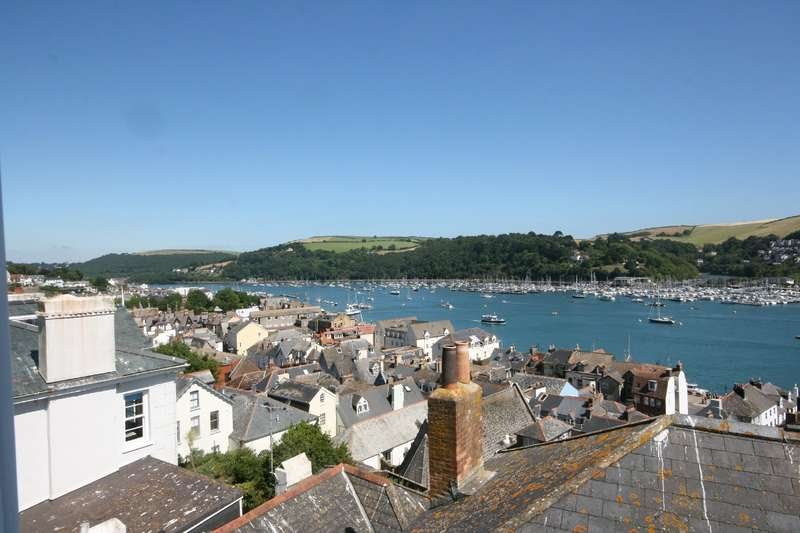 4 Bedrooms House for sale in 70 Above Town, Dartmouth