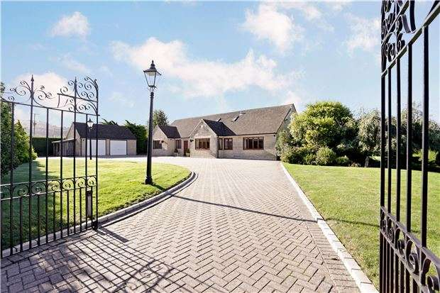 5 Bedrooms Detached House for sale in Stoneleigh, Bentham Lane, Cheltenham, Gloucestershire, GL51 4UT