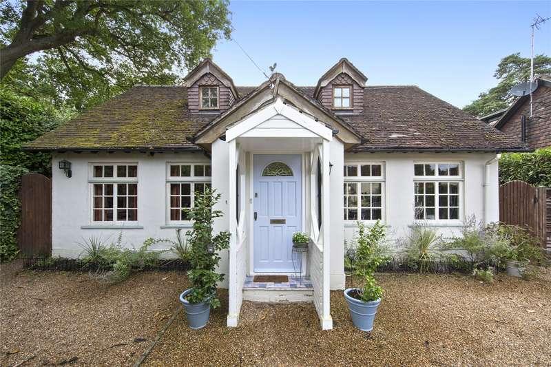 4 Bedrooms Detached House for sale in Ellesmere Road, Weybridge, Surrey, KT13