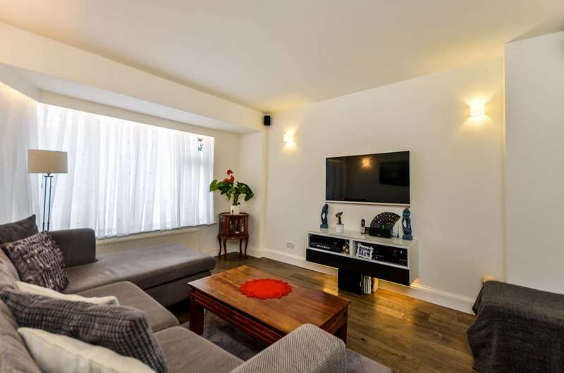 5 Bedrooms House for sale in Bosbury Road, Catford, SE6