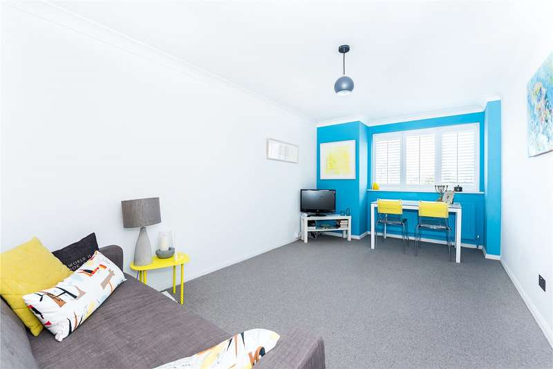 1 Bedroom Flat for sale in Caroline Close, Muswell Hill, London, N10