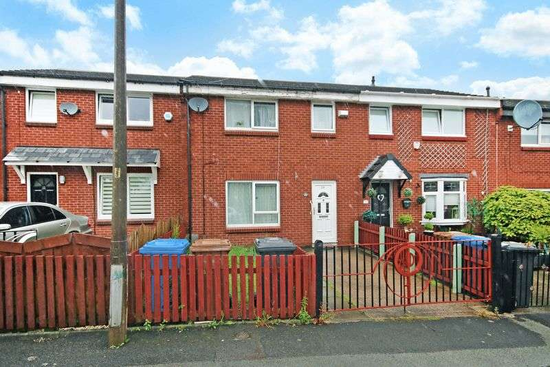 3 Bedrooms Terraced House for sale in Oscott Avenue, Manchester
